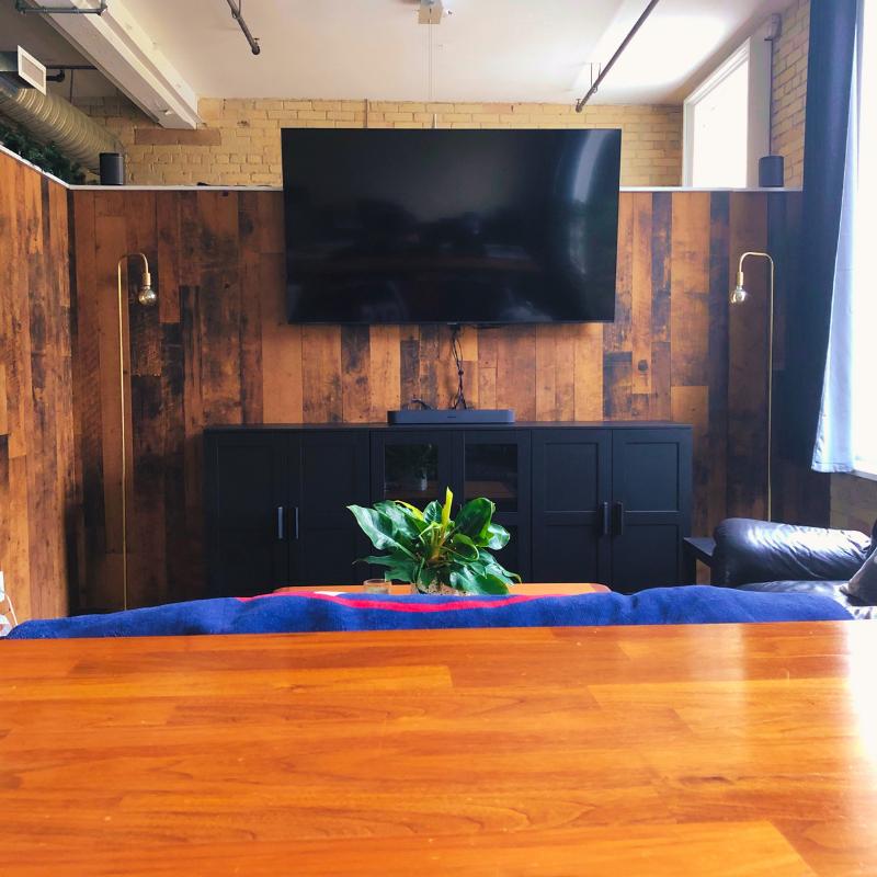 AdEasy Office Bar & TV